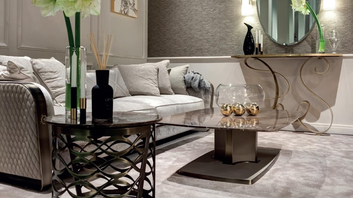 Voyage tavolino, Tavolino con piano in marmo