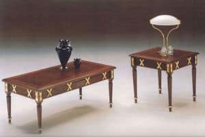 2825 TAVOLINO RETTANGOLARE, Tavolino classico in legno intagliato, finiture foglia oro