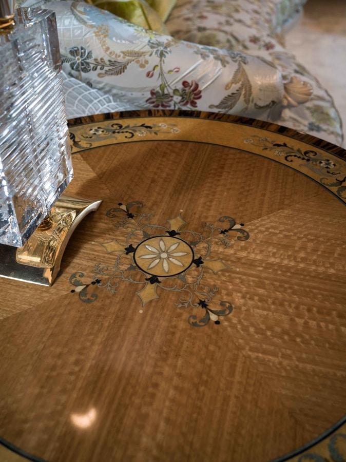 4965, Tavolini rotondi realizzati con legni pregiati