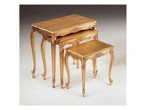 Art. 252, Tavolini di lusso, intagliati a mano, per albergo