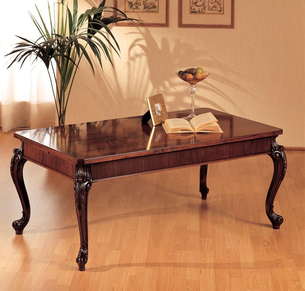 Tavolino legno gambe intagliate per l 39 arredamento for Arredamento classico lusso