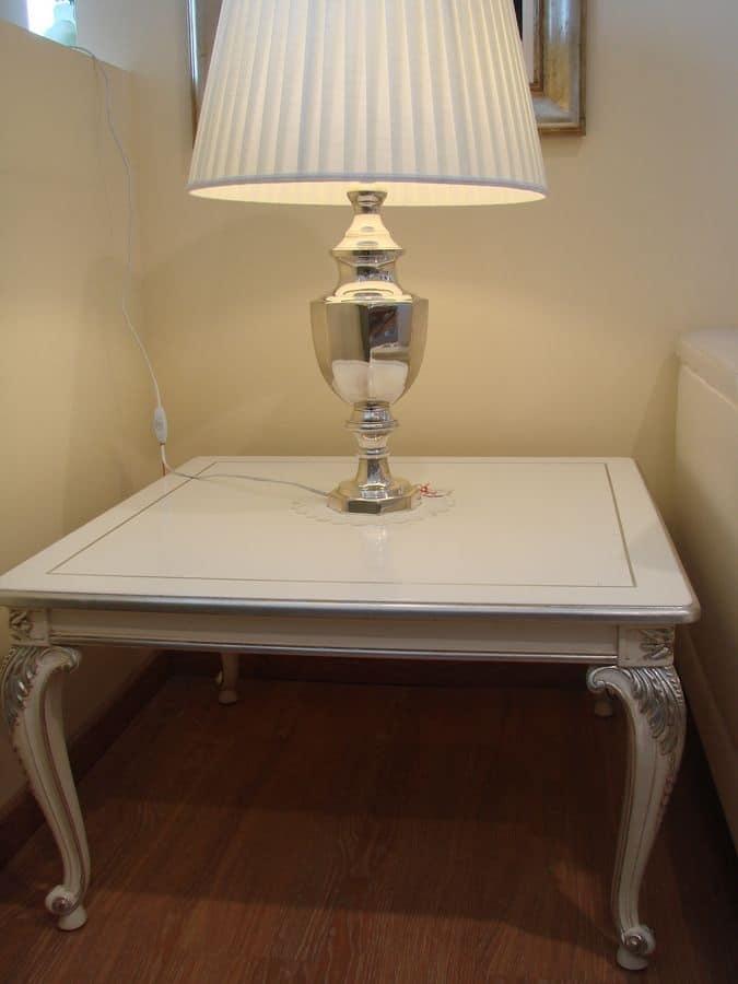 Tavolino in legno per salotto classico, laccato, argentato | IDFdesign