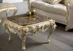 Art. 4088, Tavolino per salotti arredati in stile classico