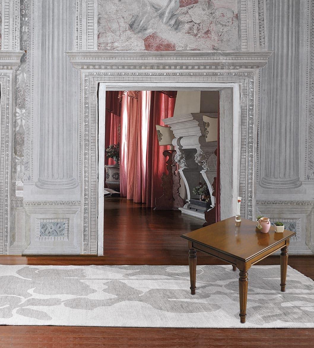Tavolino quadrato in legno per ville classiche idfdesign for Ville classiche