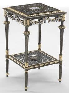 Art. L-1090 K, Tavolino quadrato con ripiano, decorazioni a foglia oro, ideale per ambienti in stile classico