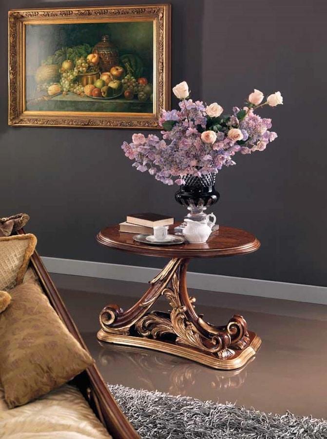 Edenica tavolino, Tavolino in legno intagliato a mano