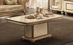 Fantasia tavolino, Tavolino con piano in marmo