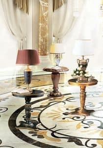 Vulcano, Tavolino laterale con piano rotondo, in stile classico