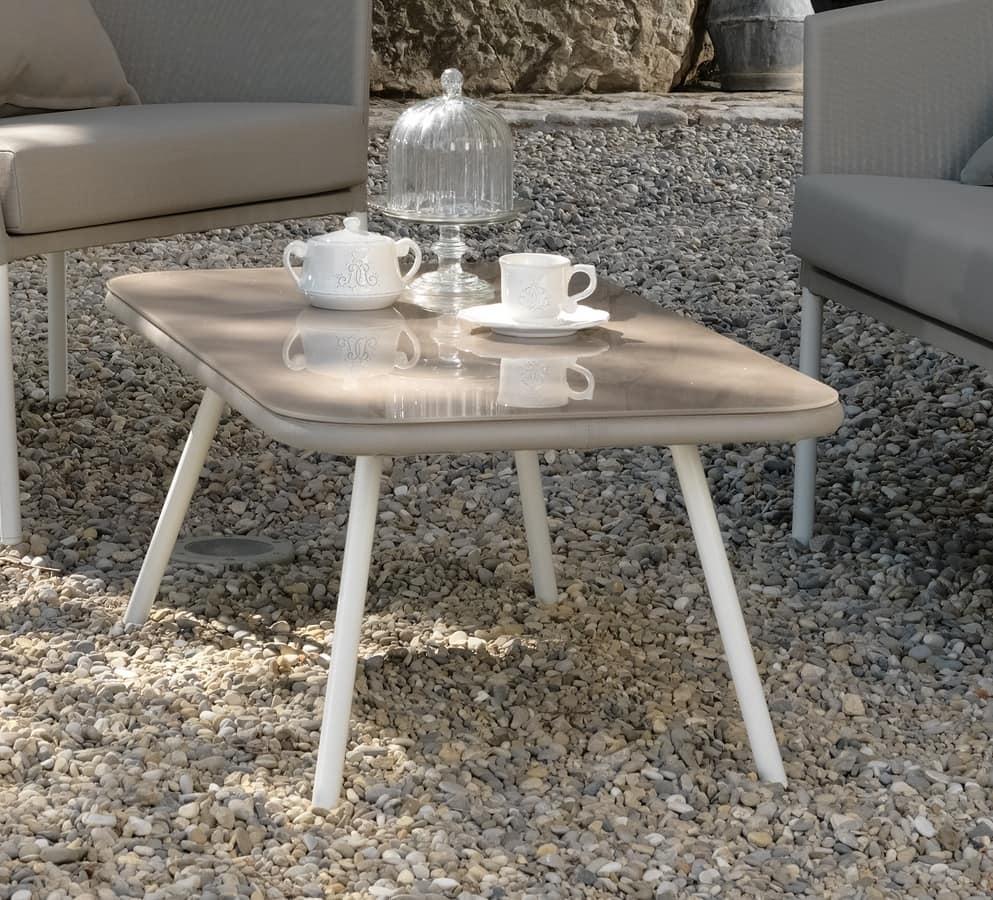 Tavolino per esterni struttura in alluminio idfdesign for Tavolini esterni