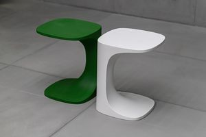 Font outdoor, Tavolino in materiale plastico da esterno
