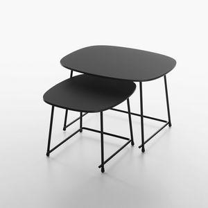 Cup mod. 9100-51, Tavolini bassi per area lounge