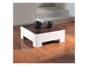Parapan, Tavolino quadrato con piano in legno, base in pietra