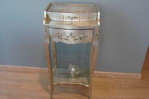 Art. 134, Tavolino portatelefono, con cassetto, finitura argento
