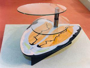 Art. 234, Tavolino per salotto con 2  piani in cristallo