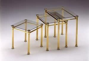 IONICA 674, Gruppo di 3 Tavolini per caffè in ottone lucido