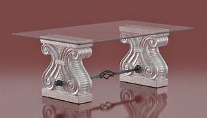 Platone, Tavolino con capitelli di pietra