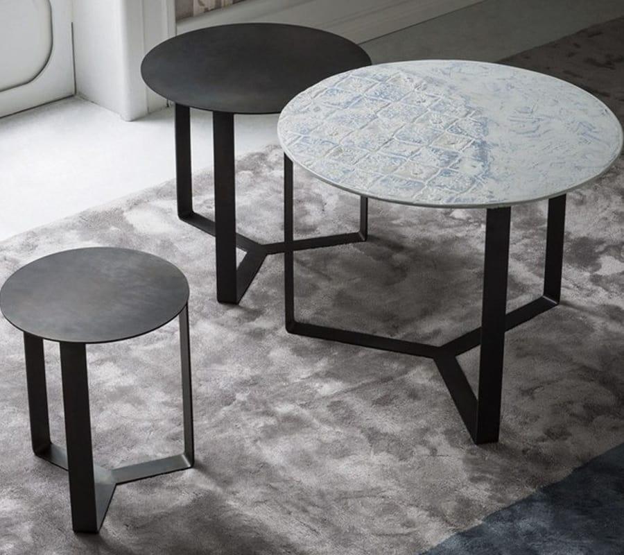 Tavolini Da Salotto Impilabili.Tavolini Impilabili Lateralmente In Metallo Idfdesign