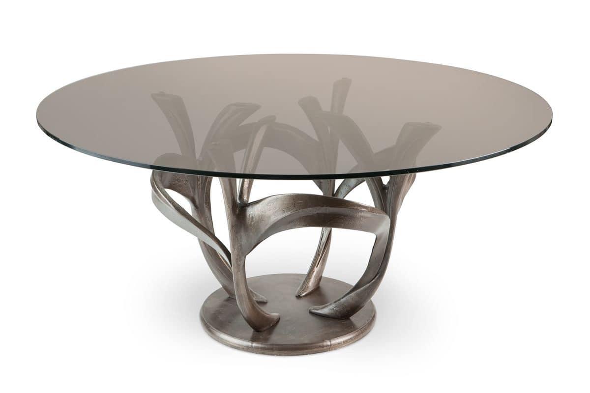 Tavolo moderno con piano in vetro struttura in metallo for Piani moderni in vetro
