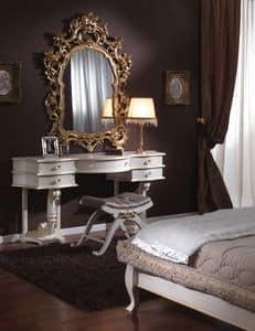 Immagine di 3645 TOILETTE, tavolini-classici-legno-lavorato