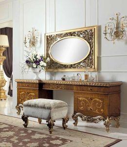 Art. 830/T, Toilette classica di lusso in oce chiaro