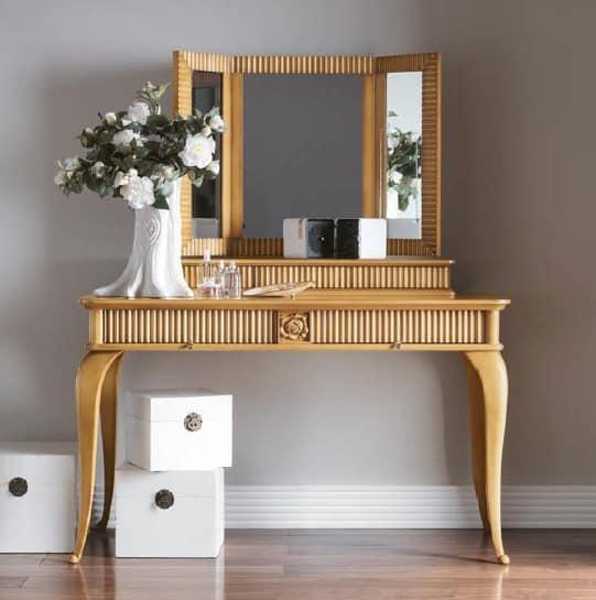 Toilette per camera da letto stile classico idfdesign - Camera da letto stile classico ...