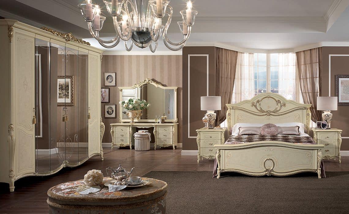 Toilette classica di lusso per camere da letto idfdesign - Foto camere da letto classiche ...