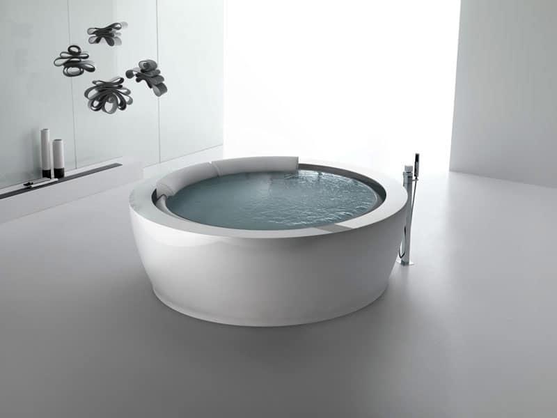 Vasca con idromassaggio con 24 iniettori per area fitness idfdesign - Vasche da bagno immagini ...