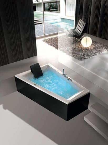 Vasca da bagno moderna vari programmi di idromassaggio for Vasche x laghetti