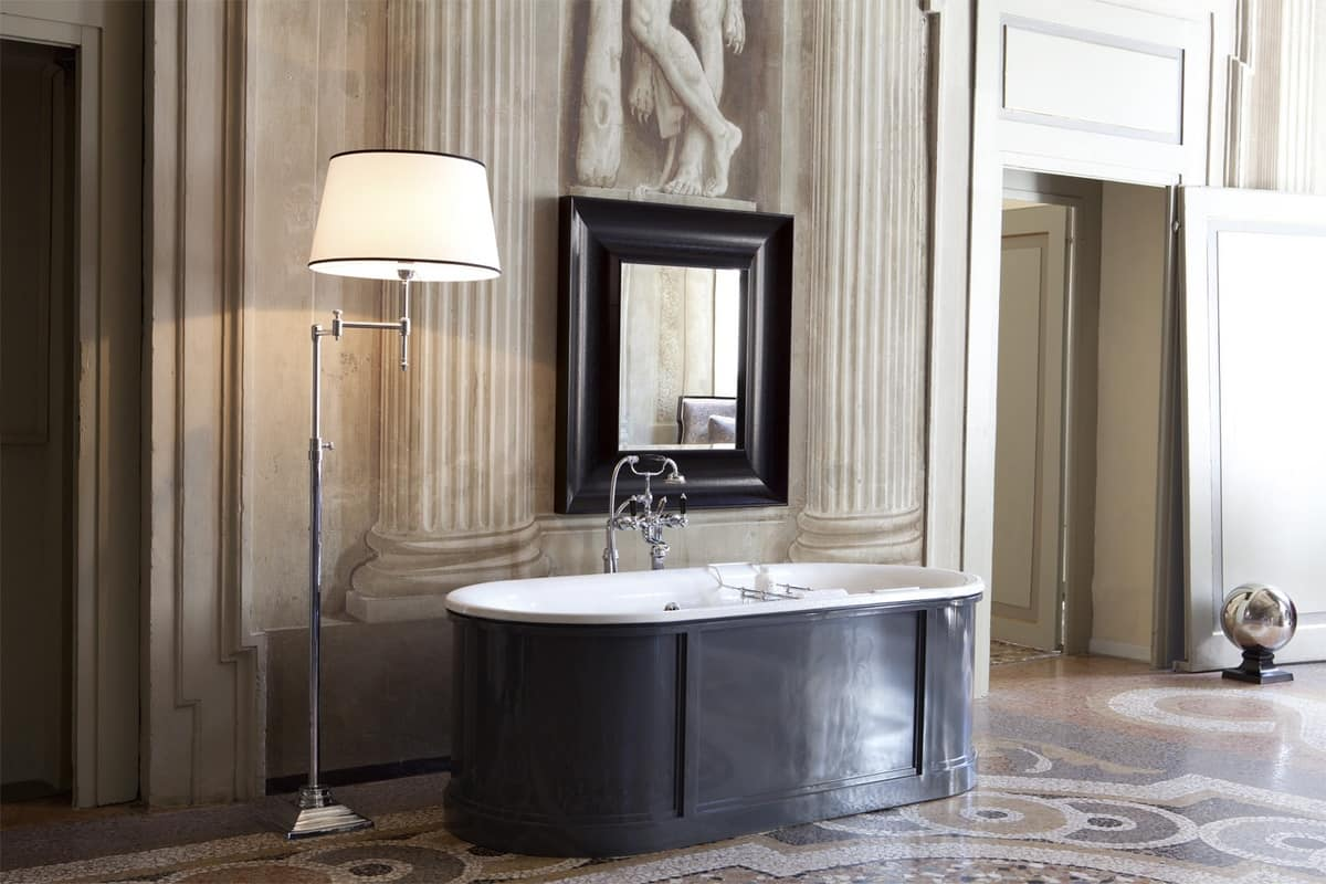 Verniciare Vasca Da Bagno Ghisa : Vasca da bagno in stile classico con bacino esterno idfdesign