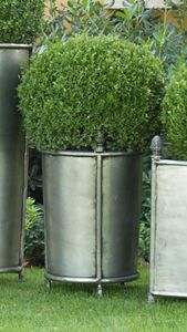 PIGNE GF4014, Vaso in ferro decorato con pigne