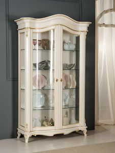 Art. 3712, Raffinata vetrina in stile classico