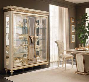 Fantasia vetrina 3 ante, Lussuosa vetrina con decorazioni artigianali