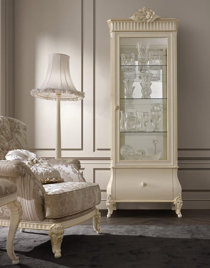 Vetrina per soggiorno classico | IDFdesign