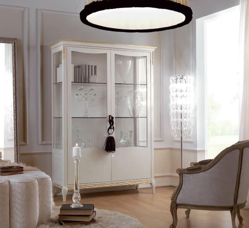 vetrina in vetro usata x sala da pranzo : ... Vetrina in legno a due ante, in stile classico, per la sala da pranzo