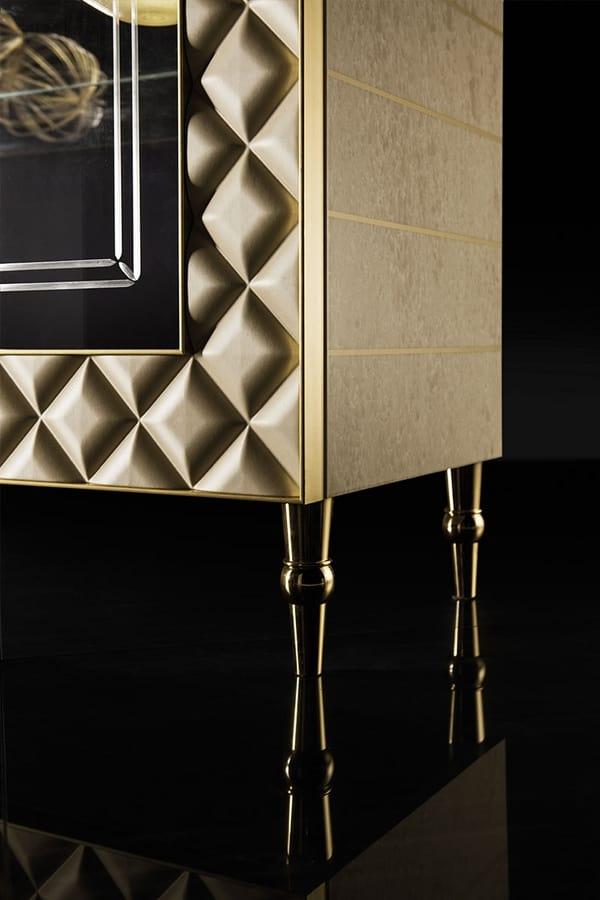 SIPARIO VETRINA  2, Vetrina in stile classico con decorazioni in oro