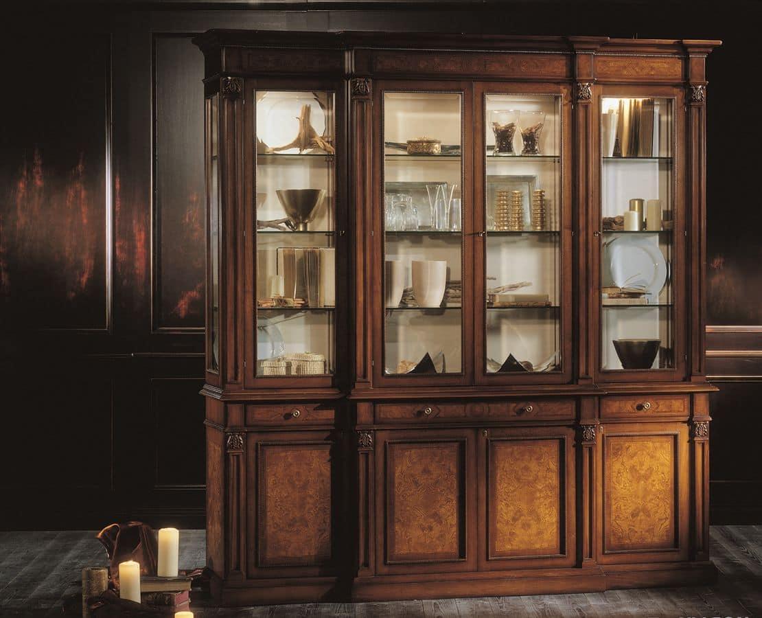 Vetrina con 3 cassetti 4 ante in vetro e 4 in legno for Vetrina in vetro