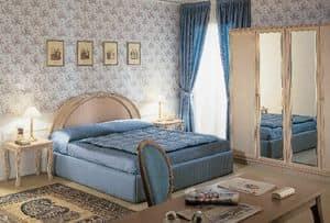 Collezione Opera, Arredamento camera albergo, in legno intagliato artigianalmente