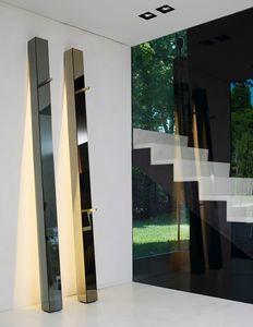 Tizio 318, Lampada di specchio a filo lucido, appendiabiti