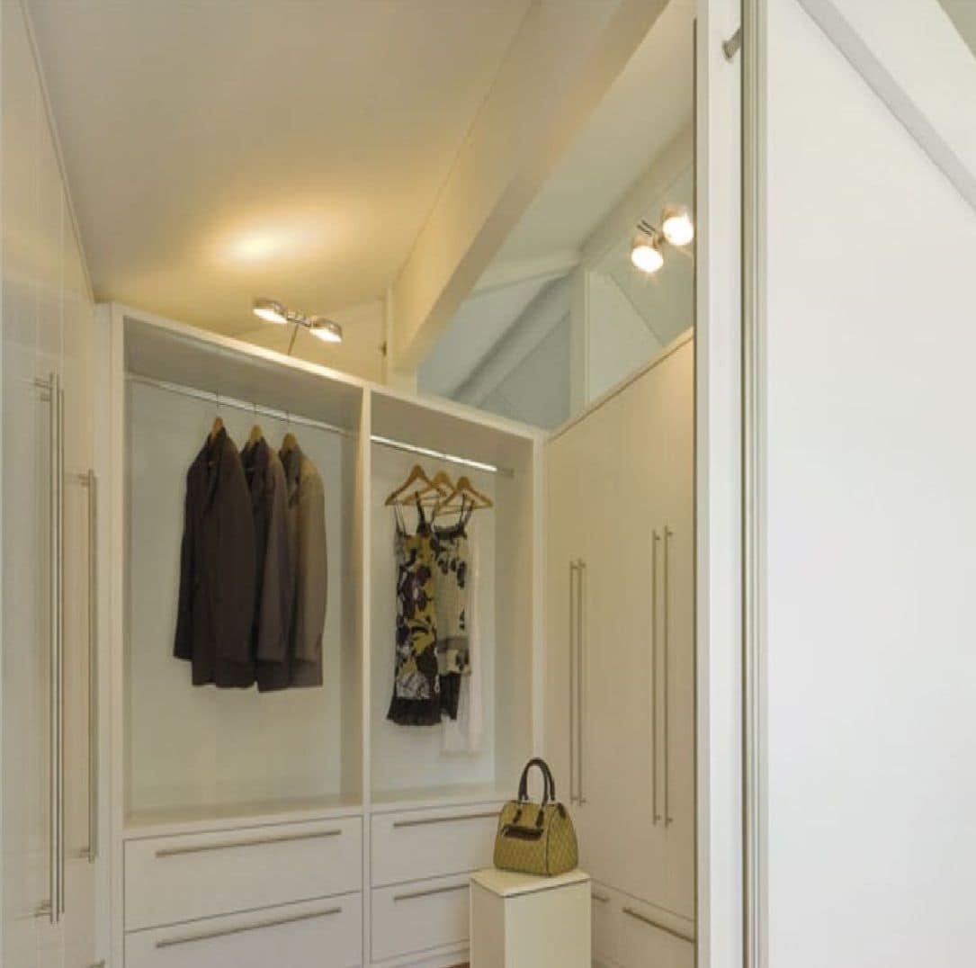 Armadiature Per Esterni cabina armadio, laccata bianca, con sistema modulare di