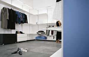 Dot Wardrobe, Cabina armadio in alluminio, dotata di barre luminose