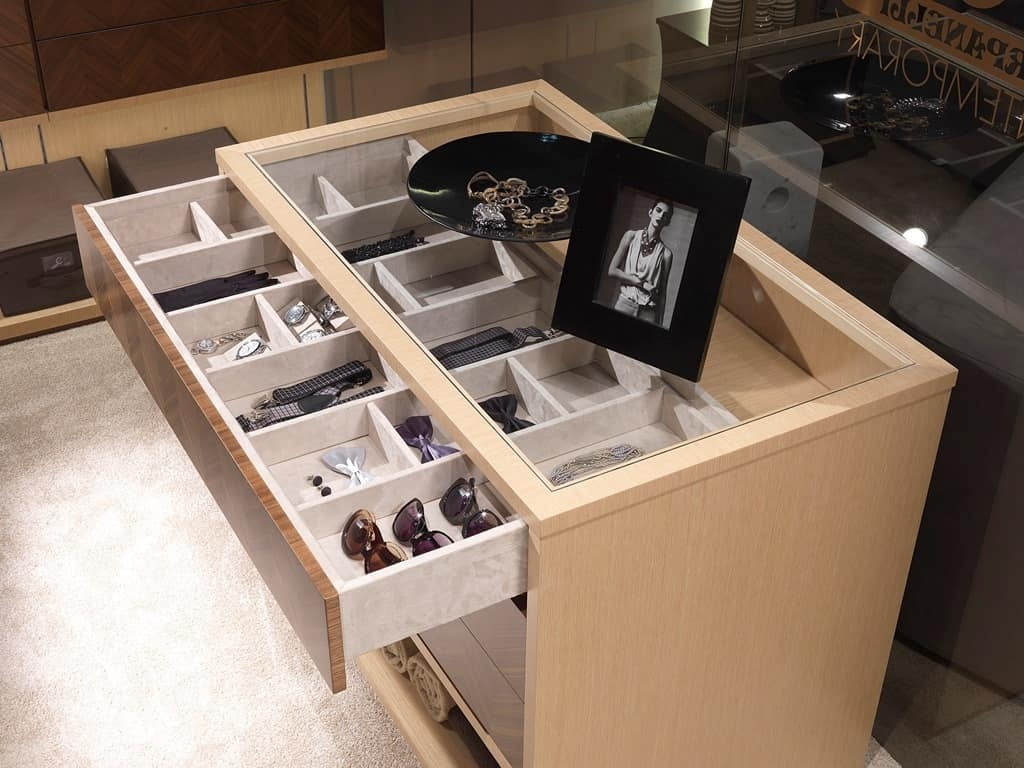 Scale Interne Con Cassetti mobile ad isola per cabina armadio, con cassetti | idfdesign