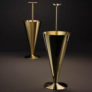 Butler & Tumbrella, Portaombrelli in metallo