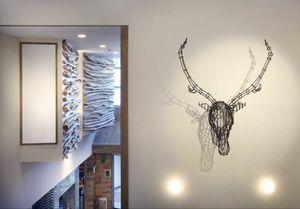 Cervo, Complemento d'arredo moderno, forma a testa di cervo