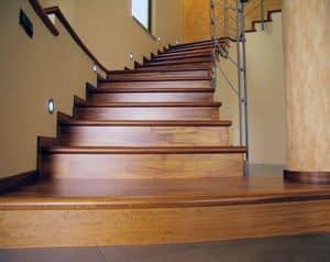 Rivestimento in legno per scale esistenti, Rivestimento per scale, in legno, per alberghi e ville