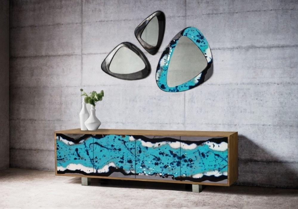 Life Oceanside mobile, Elegante madia con ante in pietra lavica