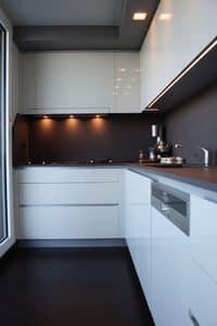 SLIM, Cunina design in materiali pregiati, finiture eleganti