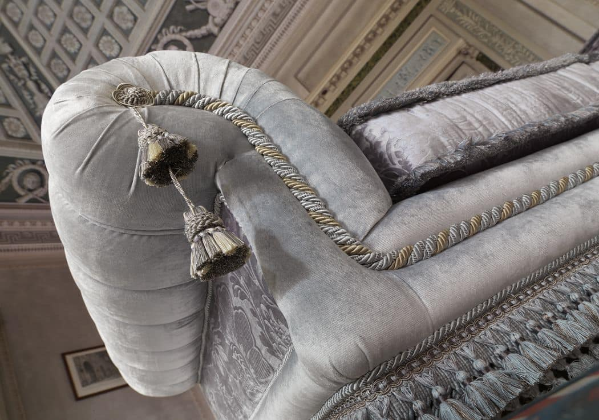 Gianna, Divano angolare imbottito in stile classico dil lusso