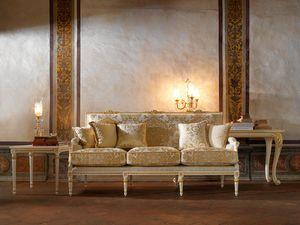 Martina divano, Divano classico con raffinato intaglio