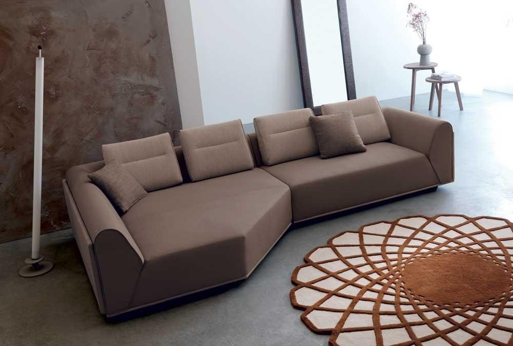 Divano con seduta profonda | IDFdesign