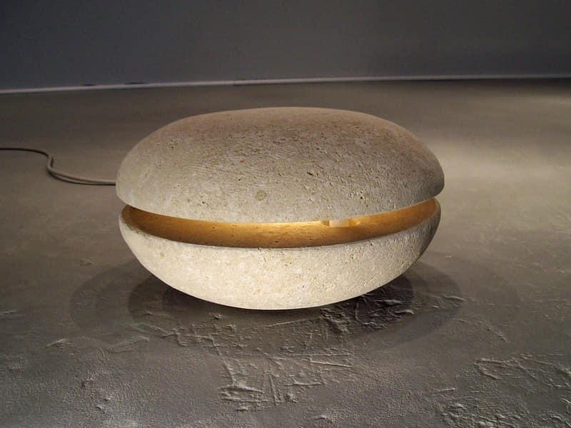 Big Out, Lampada realizzata in pietra, per esterni